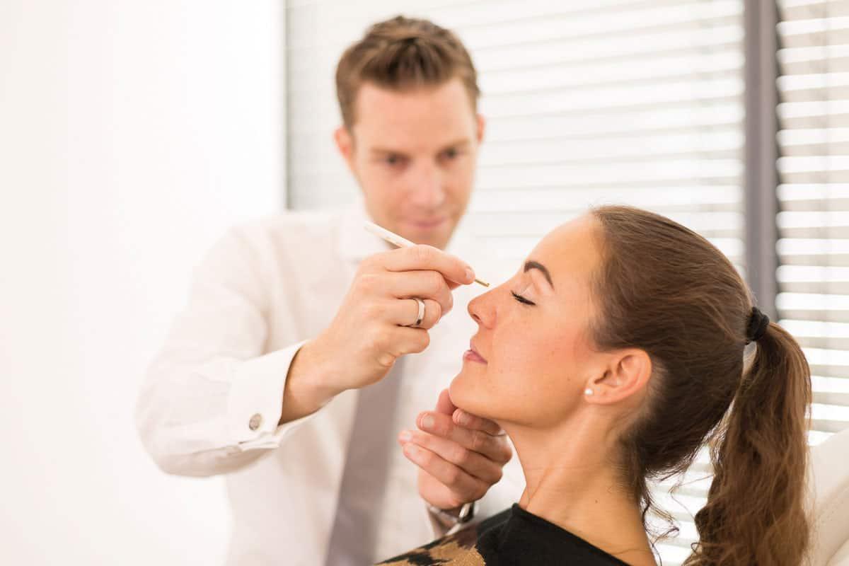 Injektion mit Botox/Hyaluronsäure