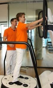 Blog_Schuelerpraktikanten-interessieren-sich-für den-Bewegungsapparat