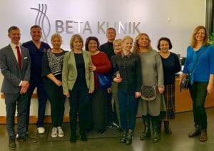 Russische_Gaeste_informieren_sich_ueber_Medizin_Bonn