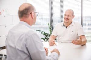 Prof. Dr. Wille im Gespräch mit Patient